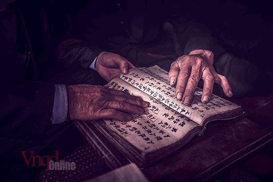 Sách cổ của người Dao