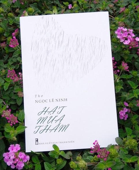 Bìa tập thơ Hạt mưa thầm