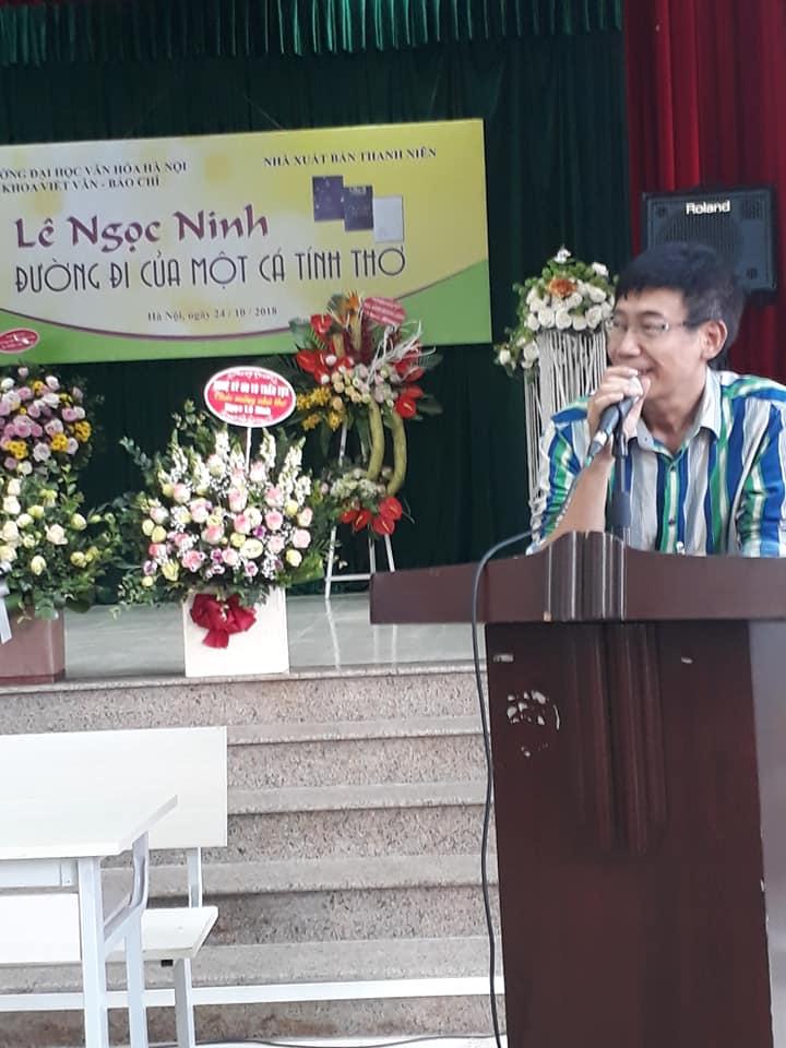 Nhà văn Sương Nguyệt Minh tham luận về Thơ Ngọc Lê Ninh